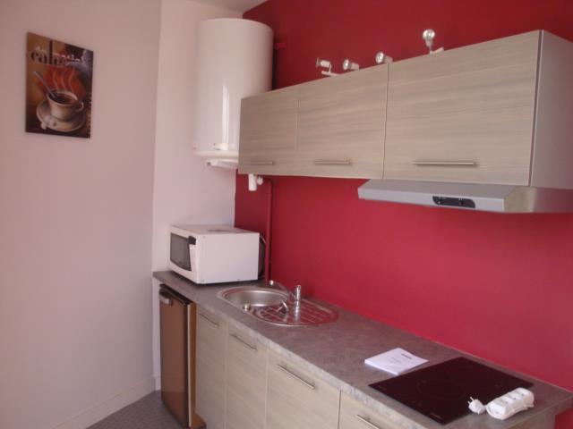 les cuisines de jogaris peinture jogaris peinture. Black Bedroom Furniture Sets. Home Design Ideas